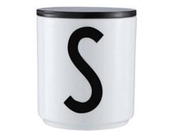 Kubek z literą S
